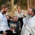 Вода святая, вода крещенская