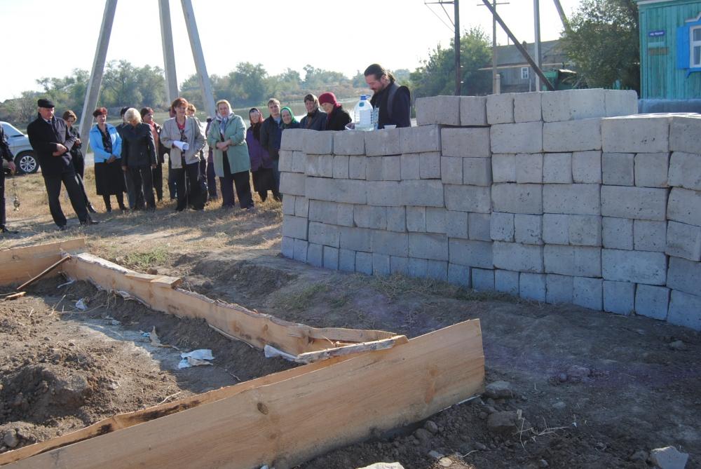 освещение места строительства часовни село Савинка октябрь 2010 г.